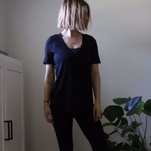 Lululemon black v-neck